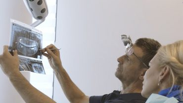 doctor krilovici sedinta de tratament ortodontie implantologie alphabio implant dentar estetica dentara stomatologie bucuresti aparat dentar safir incognito alphabio 34tfz95nnoq3os1i87t3wg - Galerie